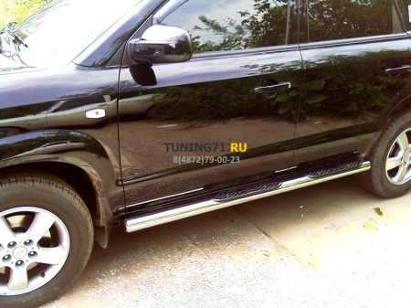 Hyundai Tucson 2004-2010г.в.-Пороги d-76 степ